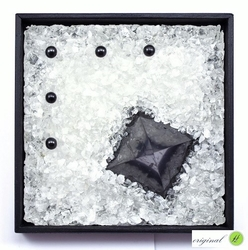 Crystal picture with shungite - kopie