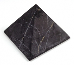 Shungite pyramid polished 4x4 cm - kopie - kopie