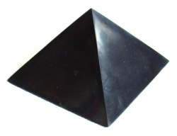 Shungite pyramid polished 20x20cm